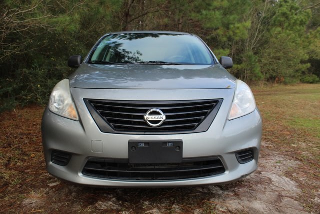 Pre-Owned 2012 Nissan Versa 1.6 S