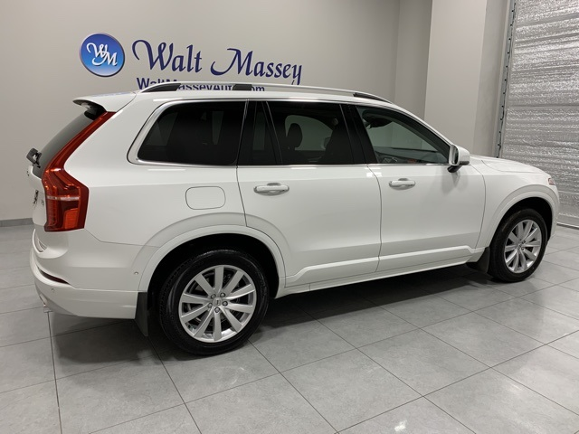 Pre-Owned 2018 Volvo XC90 T5 Momentum